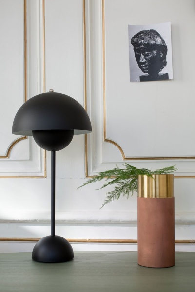 Bordlampe Flower Pot VP3 Matt Black Hviit no