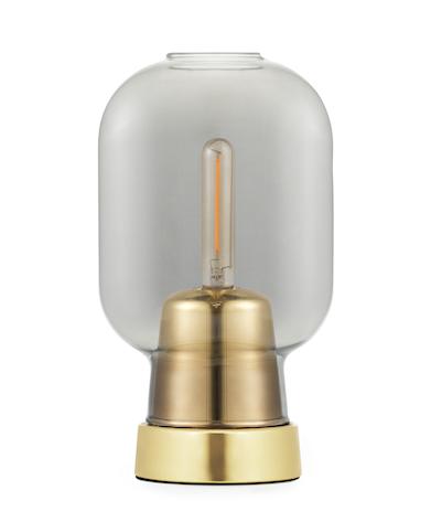 Bilde av Amp Table Lamp Smoke / Brass