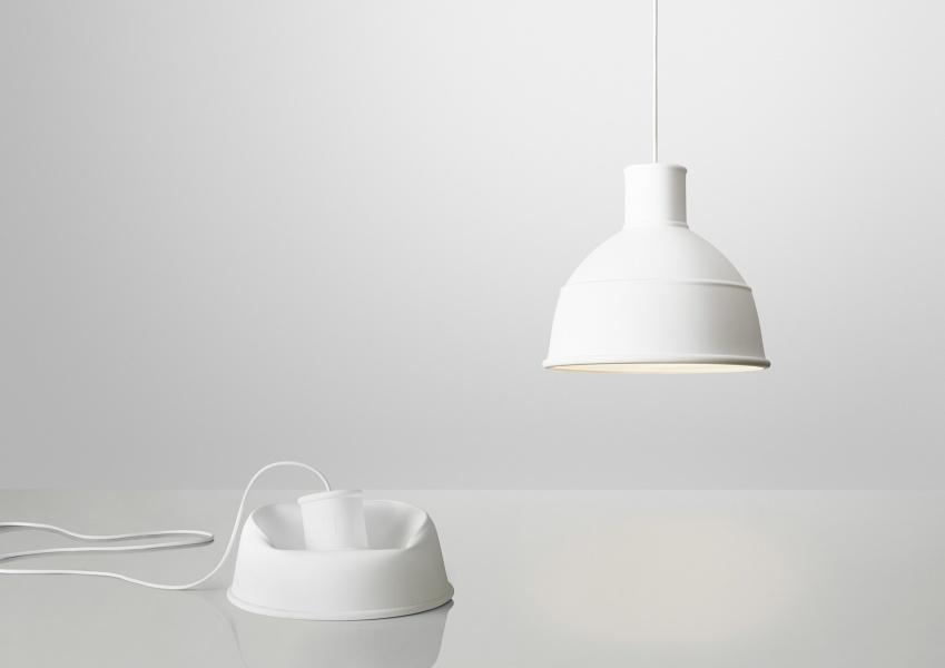 unfold lampe hvit muuto. Black Bedroom Furniture Sets. Home Design Ideas